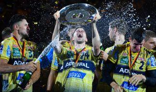 Die Rhein-Neckar Löwen gewannen in der Saison 2016/2017 die Meisterschale. (Foto)