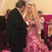Kampf der Bräute! Wer gewann im Hochzeitsspecialdie Flitterwochen im Paradies? (Foto)