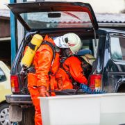 Wasserstoffperoxid getankt - Feuerwehr evakuiert Häuser (Foto)