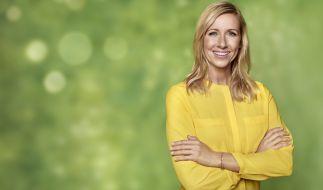 """Andrea Kiewel präsentiert den """"ZDF Fernsehgarten"""" diesmal im Zeichen karibischer Klänge. (Foto)"""
