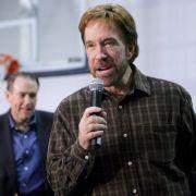Herzinfarkt? Chuck Norris juckt's nicht (Foto)