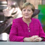 Jetzt live! Angela Merkel über Diesel, Schulz und Flüchtlinge (Foto)