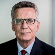 De Maizière fordert Aussetzung des Familiennachzugs (Foto)