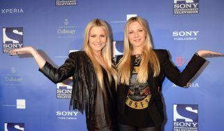 Die Schauspiel-Zwillinge Cheyenne und Valentina Pahde wagen sich demnächst aufs Glatteis. (Foto)