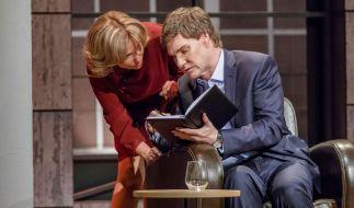 Dagmar Wöhrl und Carsten Maschmeyer beraten sich. (Foto)