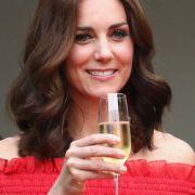 Hat Herzogin Kate ihr Baby DAMIT in Gefahr gebracht? (Foto)