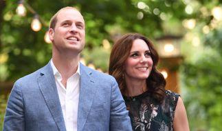 Wussten Prinz William und Kate Middleton bei ihrem Besuch in Berlin im Juli 2017 bereits von ihrer Schwangerschaft? (Foto)