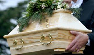 Ein junges Paar soll ihr Kind so schwer misshandelt haben, dass es an den Folgen einer Hirnblutung starb (Symbolbild). (Foto)