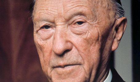Konrad Adenauer (CDU) war von 1949 bis 1963 der erste Bundeskanzler der BRD. Er war Mitbegründer der CDU und vor allem für seinen antikommunistischen Kurs bekannt. (Foto)