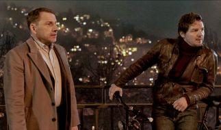 Thorsten Lannert (Richy Müller) und Sebastian Bootz (Felix Klare) ermitteln diesmal in einem Stau auf der Stuttgarter Weinsteige, hoch über der Stadt. (Foto)