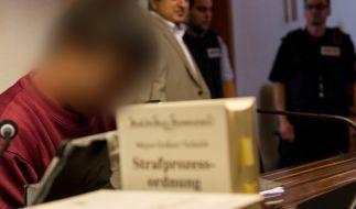 Der Angeklagte Hussein K. hat sich bei der Familie seines Opfers entschuldigt. (Foto)