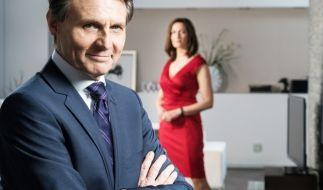 Jo Gerner und Kathrin schmieden einen Plan, um Felix loszuwerden. (Foto)