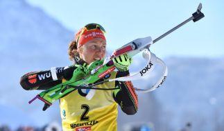 Laura Dahlmeier muss beim Biathlon in Ruhpolding verletzungsbedingt pausieren. (Foto)
