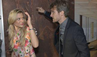 Als Felix erfährt, dass Sunny die Scheidung will, rastet er völlig aus. (Foto)