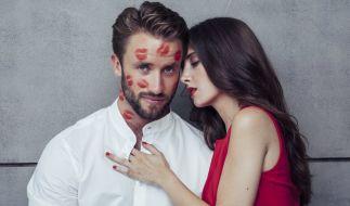 """Bei """"Kiss Bang Love"""" wird geknutscht, was das Zeug hält - natürlich alles unter der Prämisse, die Frau für's Leben zu finden. (Foto)"""