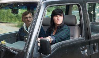 Lanner (Florian Lukas) lernt Carolas (Anna Fischer) rasanten Fahrstil kennen. (Foto)