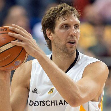 Nach dem Karriere-Aus! SIE bedeuten dem Basketballer die Welt (Foto)