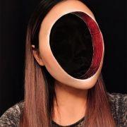 Schwarzes Loch! Grusel-Make-up lässt Gesichter verschwinden (Foto)