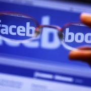 Facebook legt mutmaßlich russische Werbung bei US-Wahl offen (Foto)