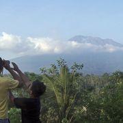 Tausende Menschen auf der Flucht vor Vulkanausbruch (Foto)