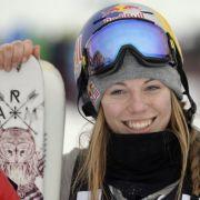 Heißer Ski-Hase! Deutscher Ski-Star zieht blank (Foto)