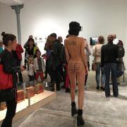 Vagina-Kunst im Live-Stream: SO abgespact ist Milos neue Performance (Foto)