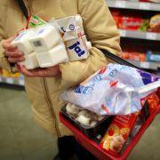 Woran erkennt man vergiftete Lebensmittel im Supermarkt? (Foto)