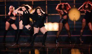 """Bahar Kizil bei ihrem Solo zu """"Buttons"""" von """"The Pussycat Dolls"""". (Foto)"""