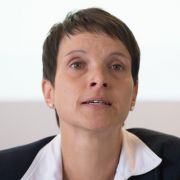 Ehemalige AfD-Politikerin wegen Meineid angeklagt (Foto)