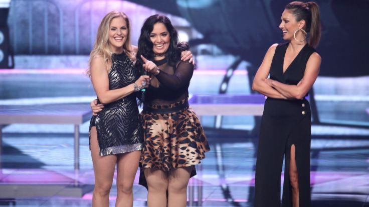 Sandy Mölling (li.) tanzt in einem Team mit Bahar Kizil (m.).Nazan Eckes (re.) moderiert die Show. (Foto)