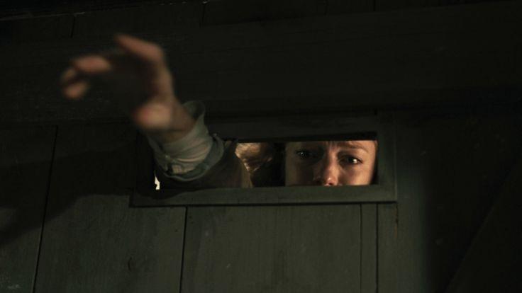 Anja (Marleen Lohse) ist auf der Suche nach ihren entführen Kindern. (Foto)