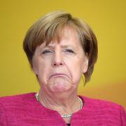 Mehrheit fordert Rücktritt von Angela Merkel (Foto)