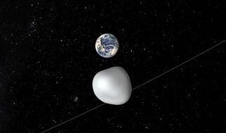 Am Donnerstag fliegt ein Asteroid ganz knapp an der Erde vorbei. (Foto)