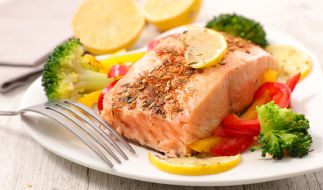 Bei der Pioppi-Diät spielt Fisch eine entscheidende Rolle. (Foto)