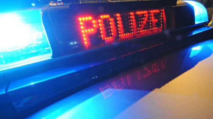 In Köln kam es am Dienstag zu einer blutigen Messerattacke (Symbolbild). (Foto)