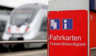 Reisen mit der Bahn wird wieder teurer. (Foto)