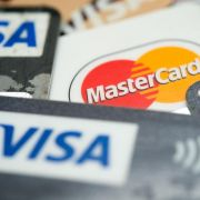 DAS sollten Sie beim Kreditkarten-Vergleich beachten (Foto)