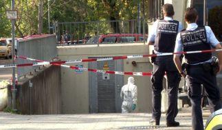 In einem Auto in Eislingen liegen drei Tote. (Foto)