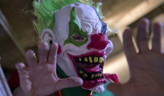 In Menden ging ein als Horror-Clown verkleidet Mann auf zwei Mädchen los. (Foto)