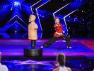 Klein, aber oho! Die neunjährige Samira kann Kung Fu. (Foto)