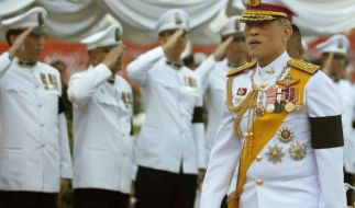 König Bhumibol wird in Thailand in diesen Tagen beerdigt. Seit einem Jahr herrscht Staatstrauer. (Foto)