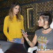 Lesbenparty am Kolle-Kiez! Was läuft zwischen Laura und Anni? (Foto)