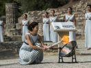 Das olympische Feuer wird traditionell mit einem Parabolspiegel entfacht. (Foto)