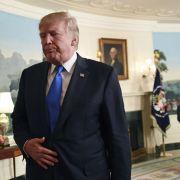 Scharfe Kritik! Führt Trump die USA in den Abgrund? (Foto)