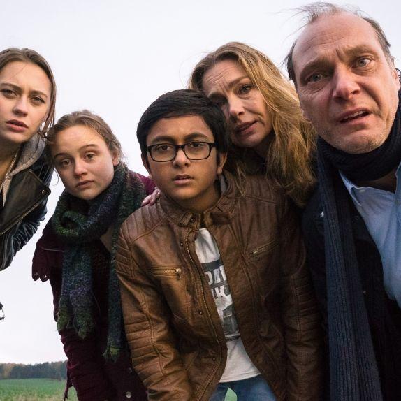 In der Mediathek: Mini-Guru wirbelt Chaos-Familie durcheinander (Foto)