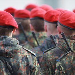 Er kommt! So peinlich ist der Sex-Ratgeber der Bundeswehr (Foto)