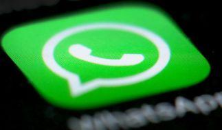 Wer nachträglich Nachrichten bei WhatsApp löschen will, muss schnell sein. (Foto)