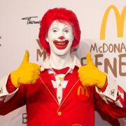 Wer unter Coulrophobie leidet, wird um Läden wie McDonald's vermutlich lieber einen Bogen machen. Betroffene haben Angst vor Clowns.