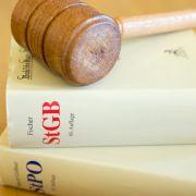 Kuscheljustiz? Wieder weniger Straftäter verurteilt (Foto)