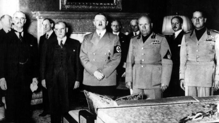Hat Hitler wirklich Selbstmord in Berlin begangen oder ist er nach Südamerika geflohen? (Foto)